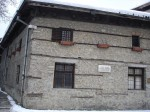 800px-House-museum_of_Nikola_Vaptsarov_svik