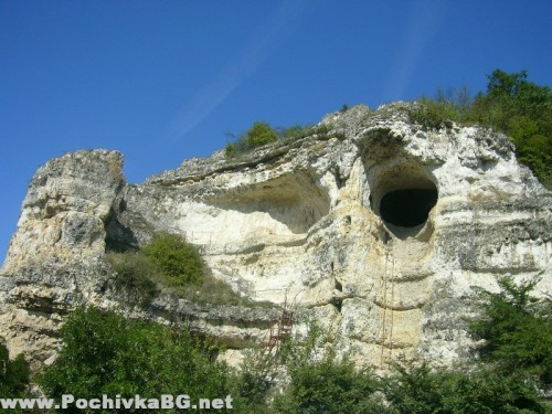 Скални манастири-с.Войново